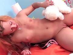 Lovely and nasty Papillon wants to reach amazing orgasm unattended