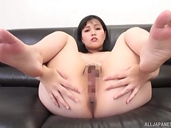 Young Japanese reveals pussy and arse for paralysed a progress POV