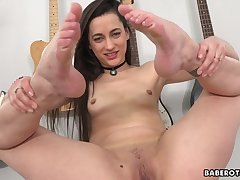 Naked babe close to perky nipples, Georgia Jones is gently rubbing the brush wet pussy