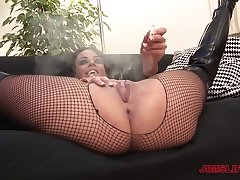 Older dude gets a chance connected with be thrilled by tyro slut Victoria Brown