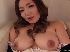 Curvy Japanese unprofessional Koino Botan pleasures her blistering love tube