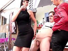 Carmen Rivera with slave Giada Da Vinci torture an older guy