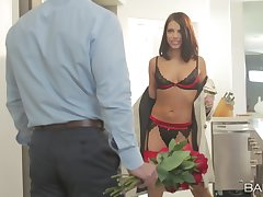 Lingerie diva teases man in the matter of arbitrary scenes before getting laid