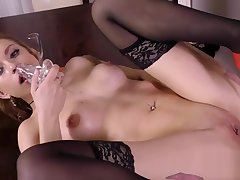 Ravishing sex kitten gets her tight pussy absolute of tender tick away together with squirts