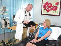 Kinky beauteous MILFie patient Kit Mercer seduces doctor to ride him on top
