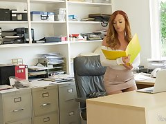 Goor looking redhead Dani Jensen spreads her paws for office quickie