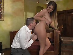 Tattooed impoverish is fucking Cassidy Banks better than her boyfriend, and obtaining a blowjob foreign her