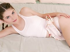 Needy young babe gets wild and slutty in beloved home scenes