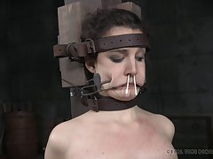 Amateur babe Endza Adair tied approximately and racking wits a nasty pervert