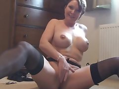 Big Tits Milf Toying Her Cunt